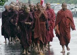 monaci buddisti vanno a morire settembre 2007